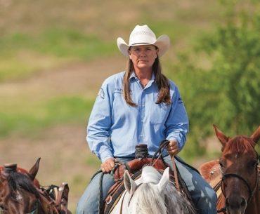 Lari Dee Guy with horses