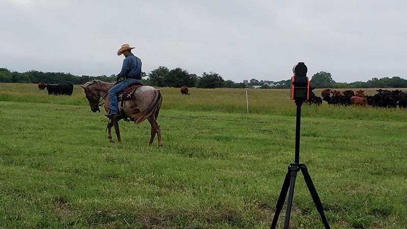 solo shot recording horseman ride