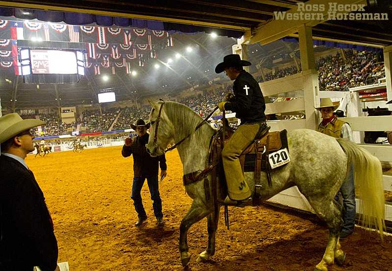 TJ Roberts riding ranch gelding at FWSSR