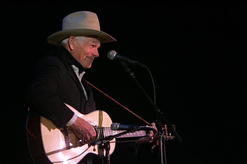 Don Edwards singing at Cowboy Poetry Gathering