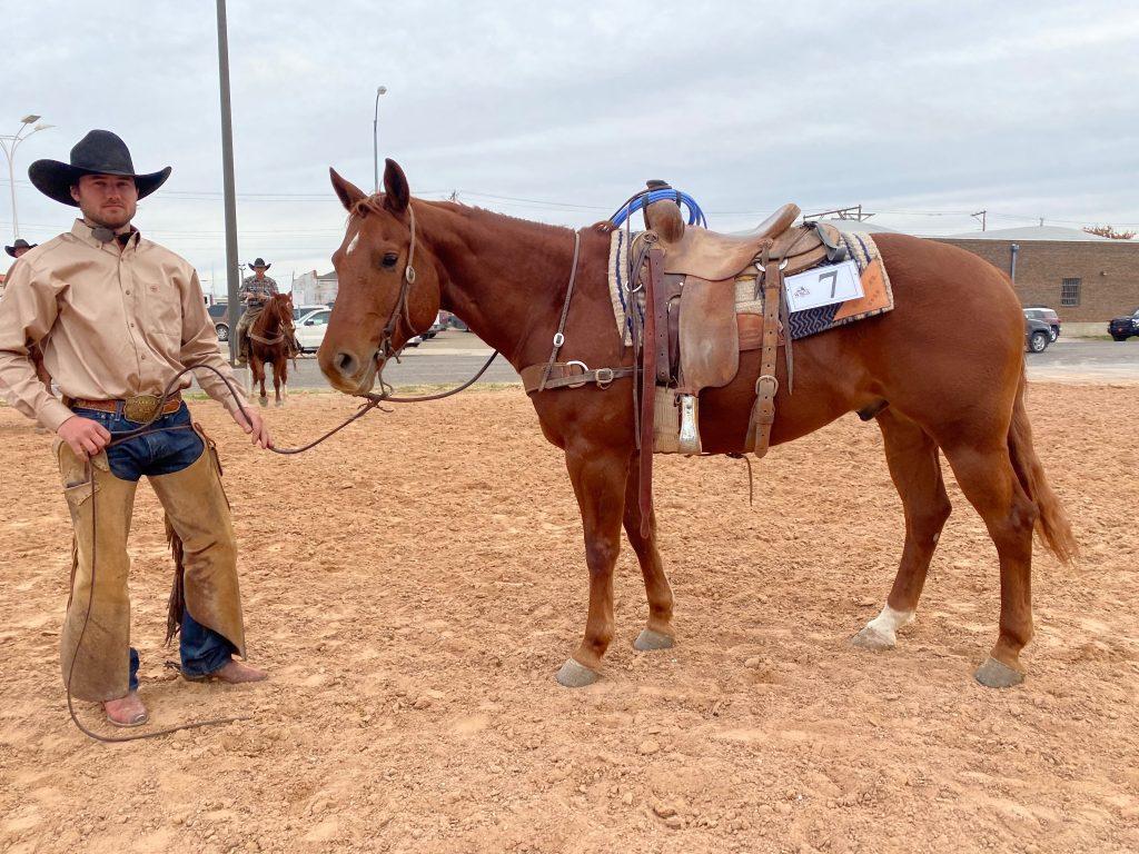 WRCA Top Horse contender Deans Guns