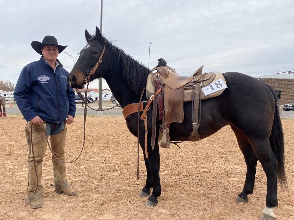 WRCA Top Horse contender Bo Krueger