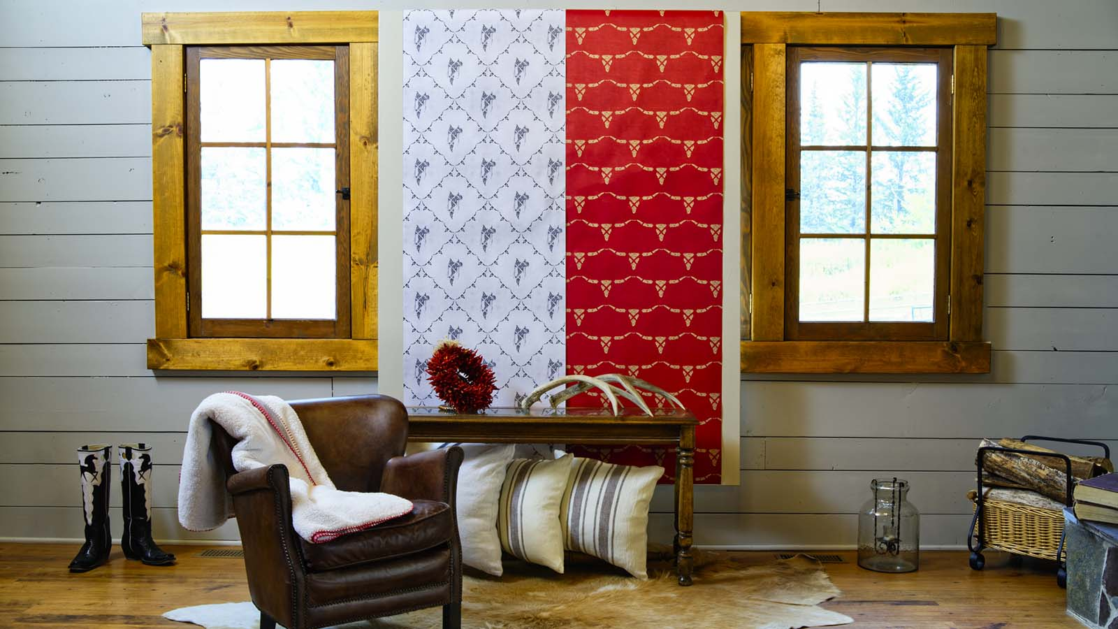 SLCheval designs Western wallpaper